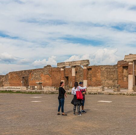 POMPEII, ITALY - September 26, 2017: Pompeii was buried under ash in the eruption of Mount Vesuvius in 79. Its a UNESCO World Heritage Site and one of the most popular tourist attractions in Italy. Publikacyjne