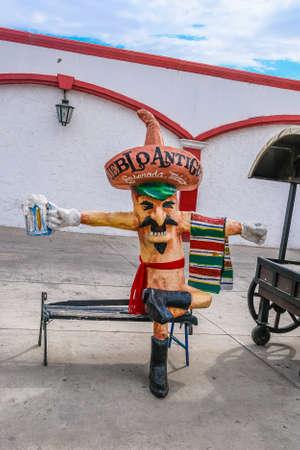 Pueblo Antigua Mascot Editöryel