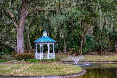 Oak Tree Gazebo and Fountain Фото со стока