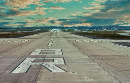 Departing Runway 8R