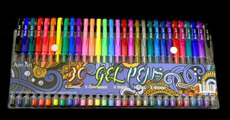 30 Gel Pens