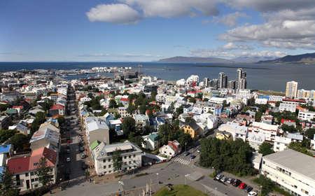 reykjavik: Ciudad de Islandia Reykjavik a�rea visto desde la Catedral Foto de archivo