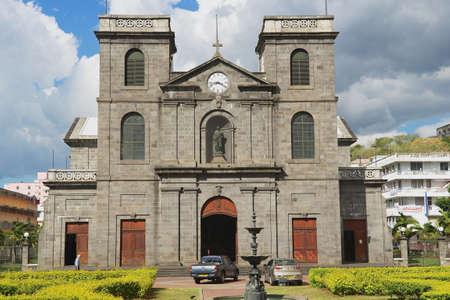 iglesia: Port Louis, Mauricio - 29 noviembre 2012: El exterior de la iglesia de la Inmaculada Concepci�n en Port Louis, Mauricio.