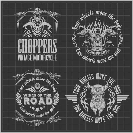 jinete: Etiquetas motocicleta Vintage, insignias en fondo oscuro - vector stock