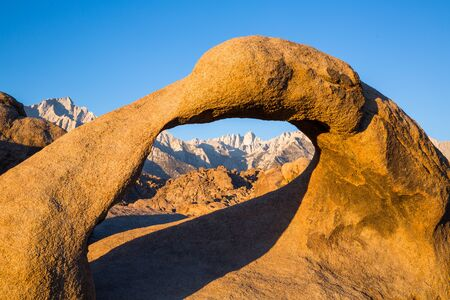 Mobius Arch in morning sunrise light below Mount Whitney, the highest point in the continental United States. Фото со стока