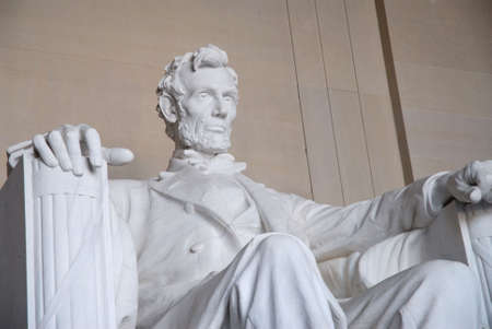 honest abe: Statue of Abraham Lincoln at the Lincoln Memorial in Washington, DC