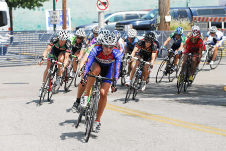 Jeffersonville, IN - August 7, 2010 - Female cyclists compete in the Master's National Cycling Championships. Éditoriale