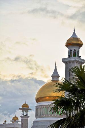 omar: The Omar Ali Saifuddien Mosque in Bandar,  Brunei (Borneo). Stock Photo