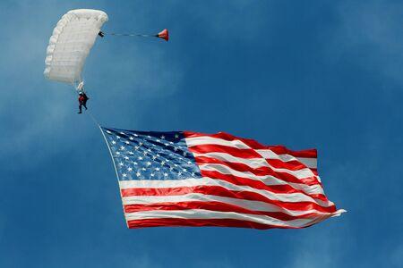 높은 비행 미국 국기