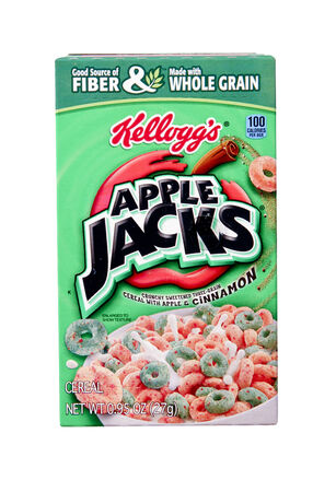 cereal box: SPENCER , WISCONSIN Aug. 10 , 2014:  box of Kelloggs Apple Jacks  Cereal, Kelloggs is an American food manufacturer founded in 1906 Editorial