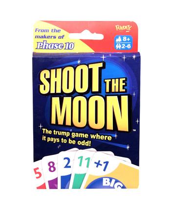 jeu de carte: SPENCER, WISCONSIN, Avril, 18, 2015 Tirez le jeu de carte de la Lune. Shoot the Moon est un jeu de cartes populaire par Fundex Jeux.