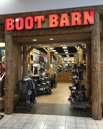 barn boots: SPENCER , WISCONSIN, February,15,, 2016   Boot Barn store in a retail shopping mall