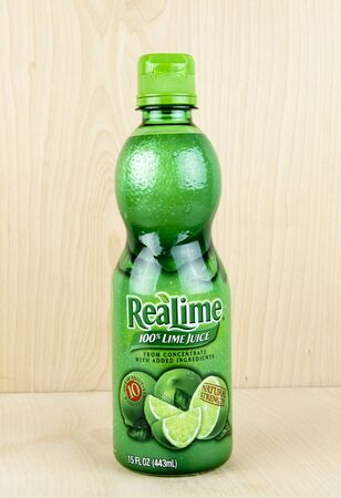 realtime: SPENCER , WISCONSIN, March,24, 2016    Bottle of Realime Limejuice  Realime is a product of Dr Pepper Snapple Group Editorial