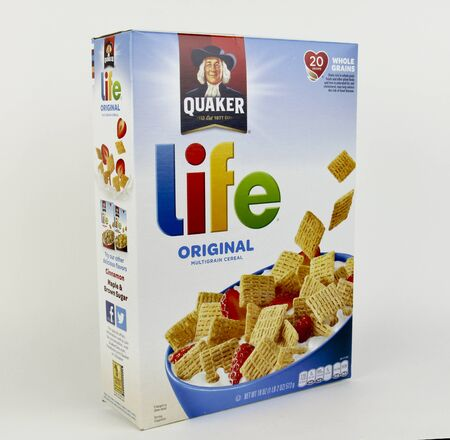 quaker: Spencer, Wisconsin, April, 15, 2017   Box of Quaker  Life Multigrain Cereal  Life is a brand of Cereal produced by the Quaker Oats Company