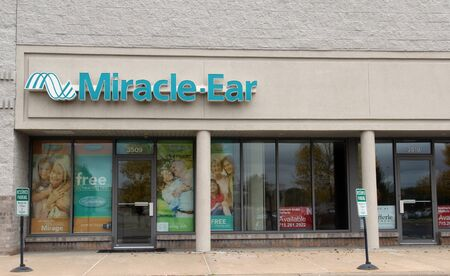 Altoona, Wisconsin, November, 5, 2017   Miracle-Ear sign on a building storefront