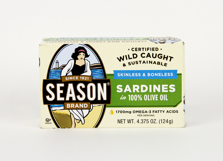 Spencer, Wisconsin, March, 10, 2019   Can of Season Brand Sardines Season brand was introduced in 1921 Stock fotó