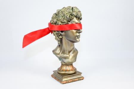 blindfolded: Being blindfolded golden Male Statuettes