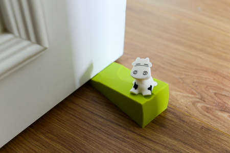 chock: Cow Doorstop