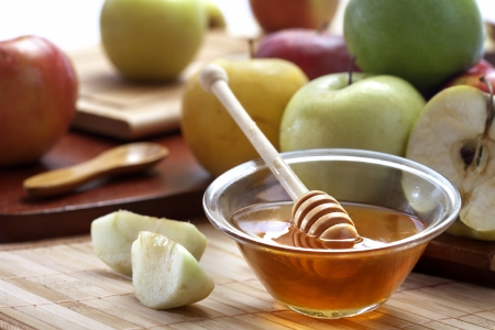 Honey and apples Stock Photo - 20786769