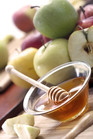 Honey and apples Stock Photo - 20786770