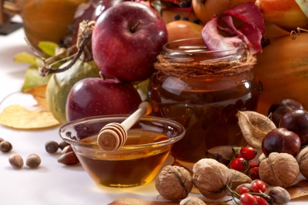 honey, apples and autumn fruits