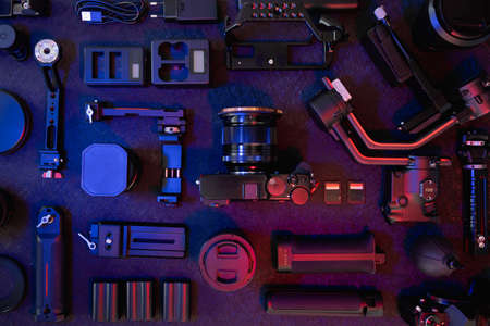 top view of work space photographer with digital camera, Gimbal Stabilizers and camera accessory Banque d'images