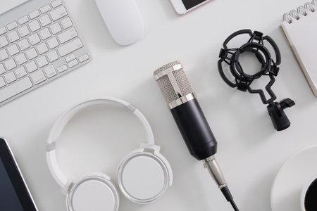 top view of podcast audio content concept Banque d'images