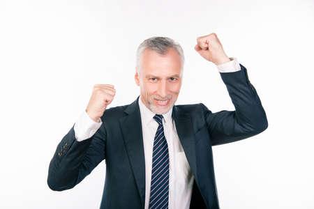 director de escuela: viejo hombre de negocios confidente que celebra su éxito