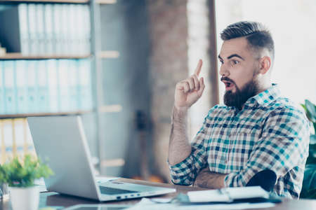Corporate, executive, minded entrepreneur, freelancer find out great idea, problem solution, life hack, remembered something, raise forefinger up, with open mouth, sit at desk in front of computer
