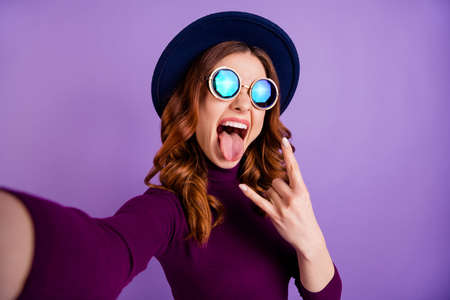 Close up photo of crazy people person make faces photos wearing eyewear eyeglasses isolated over violet purple background
