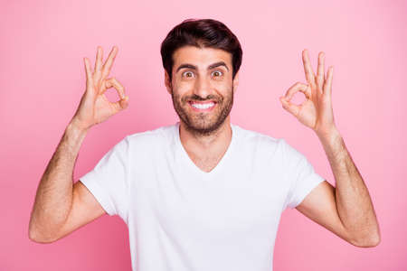 Portrait of funny funky crazy middle eastern man promoter show okay sign recommend sales discounts ads wear trendy clothes isolated over pastel color background Stock fotó