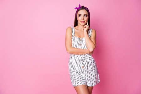 Portrait of her she nice-looking attractive lovely pretty cute curious creative dreamy cheery straight-haired girl creating solution isolated over pink pastel color background 版權商用圖片