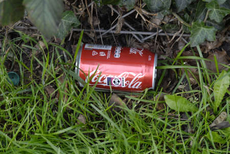 francis joseph dean: DENMARK  COPENHAGEN . Smashed coca cola empty can in nature 27 August 2010     (PHOTO BY FRANCIS JOSEPH DEAN  DEAN PICTURES) Editorial