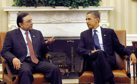 WASHINGTON D.C. / USA   PRESIDENT ASIF ALI ZARDARI  MEETING WITH US PRESIDENT MR. BARRACK OBAMA  AT WHITE HOUSE, WASHINGTON D.C ON JANUARY 14, 2011.     Stock Photo - 8608120