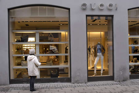 DENMARK  COPENHAGEN _ Gucci female window shopper for luxery items 2 March 2001