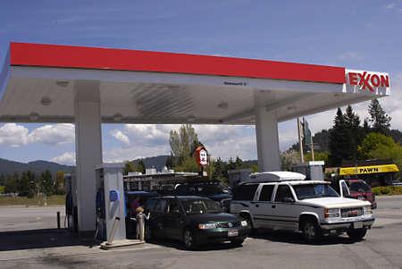 SPOKANE   WASHINGTON STATE STATE USA _Rising gas prices in United States 19 May 2011