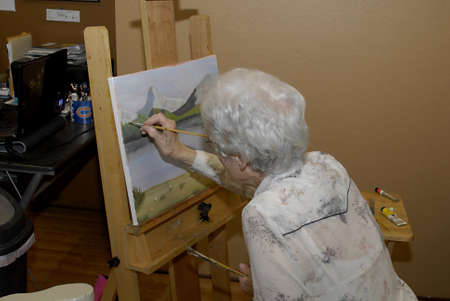 LEWISTONIDAHO STATE USA _ Ameriacan senior citizen females taking coures in Oil paint and arts at ocal gallery 25 May 2011