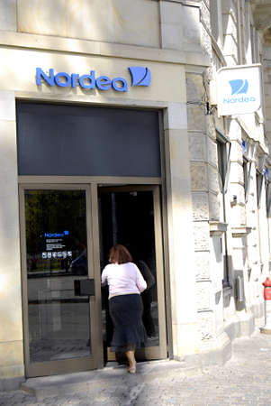 lay off: DENMARK  COPENHAGEN _ Nordea Bank will lay off 2000 empolees(personal workers, 5oo hundreds only Denmark, rest in Finland,Sweden Norway this is sad part  during elections season bad news for politicians 30 August 2011