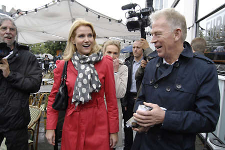 danish prime minister: DENMARK  COPENHAGEN _Helle Thoring -Schmidt leader of danish social democrat party and prime minister post candidate and Villy Soevndal leader o danish socialists peoples party join general elections compagin on stroeget amagertorv, their last day compag Editorial