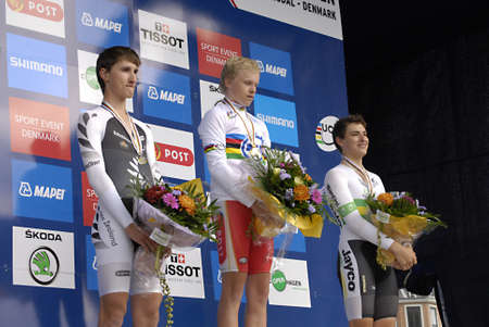 bronz: DENMARK  COPENHAGEN _ UCI 2011 uci road World Championships , Denmarks Gold winner Mad W�rtz Schmidt, 2nd.place silver goes to New Zealand James Oram and 3r.d bronz goes to Australia David Edward in Copenhagen in cycling sport today ceremony took place  Editorial