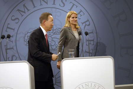 helle thorning schmidt: DENMARK  COPENHAGEN _Danish prime minister Ms.Helle Thorning-Schmidt and united national general secretary Ban Ki Moon hold joint press confernce at Mirror Hall at Prime minister office at Christiansborg, General secretary Ban Ki Moon visiting  the Globa