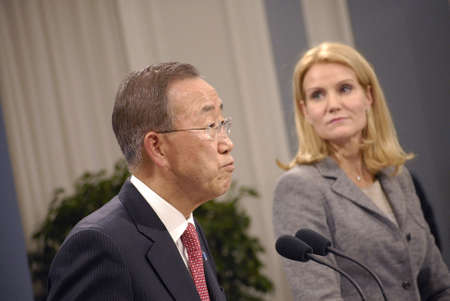 DENMARK  COPENHAGEN _Danish prime minister Ms.Helle Thorning-Schmidt and united national general secretary Ban Ki Moon hold joint press confernce at Mirror Hall at Prime minister office at Christiansborg, General secretary Ban Ki Moon visiting  the Globa