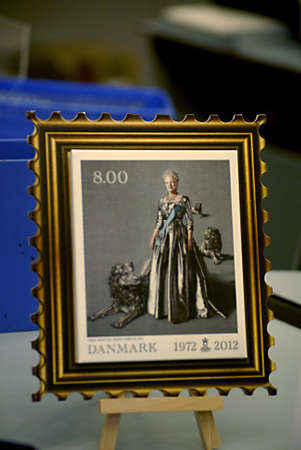 anish: KASTRUPCOPENHAGENDENMARK _Post Danmark has come with very new Post stamp today H.M.The Queen Margtethe II portrait 40 years on danish crown as Queen of Denamrk  from 1972 to 2012 , stamps cost letter to in denmark 8 .00 anish kroners 4 Jan 2012