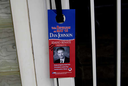 idaho state: LEWISTONIDAHO STATEUSA _ Flyerhaning on Lewiston Idaho State resident  by republican Dan Johnson vote Republican for Idaho state sentae district 6  message Vote Repubilican on may 15 Idaho state Eelctions   ,flyer hanging on door at various residents of