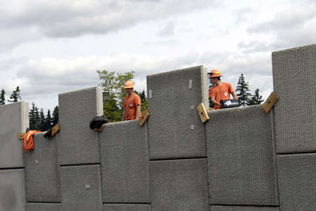 polictics: VANCOURVERWASHINGTON STATE USA _  Ameerican road constructions workers 29 May 2012      Editorial