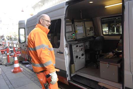 ediroial: Copenhagen  Danimarca. State proprio Dong Energy sar� licenziare tra i 500 posti di lavoro -600 6 Novembre 2012 Editoriali