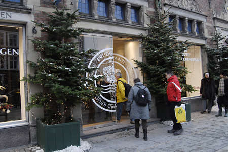 ediroial: Copenhagen  Denmark.  Consumers at Royal Copenhagen procelain store for christmas shopping Royal Copenhagen procelain factory and business is sold to Fiskars Finland concern and recorind to business news the Finlands Fiskras paied 490 Millions danish kro