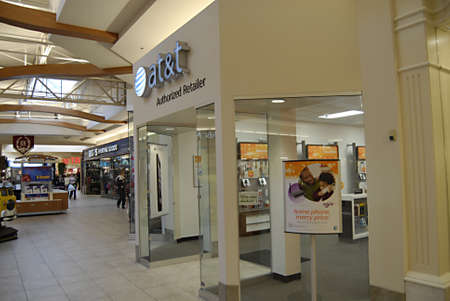 polictics: SEATTLEWASHINGTON STATE USA _AT&T cellphone and wilreless net store in south hill mall 27 Dec. 2012        Editorial