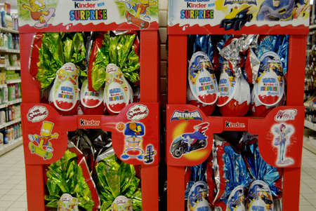 fash: SPELTZFRANCE  _French consumer doing easter shopping one the France super U food store today on 22 Marh 2013