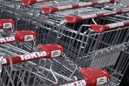 fakta: Copenhagen  Denmark.  Shopping carks are parked on holiday all food supermarket are closed due to religious holiday in Denmark 26 Arill 2013